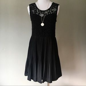 Monteau Little Black Dress